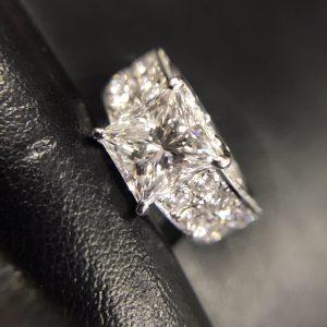 ゴールドプラザ梅田本店タサキ買取ダイヤモンドリング画像