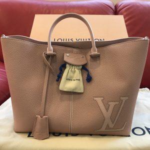 finest selection 06292 ae744 ルイ・ヴィトン(Louis Vuitton) ペルネル トリヨンレザー 2017 ...