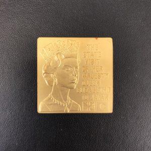 K24 エリザベス女王Ⅱ世 ご訪日記念メダル 画像