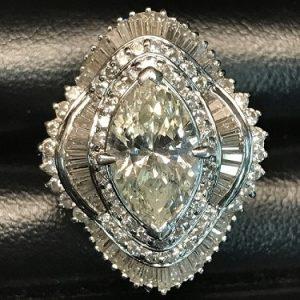 ダイヤモンドリング マーキスカット