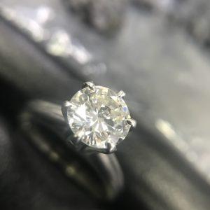 ダイヤモンドリング 2.5ct