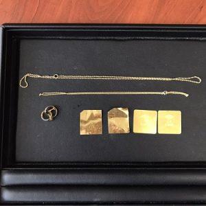 金ネックレス画像