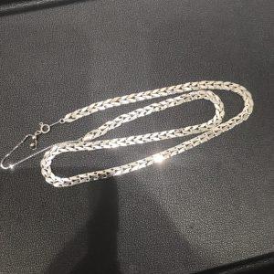 プラチナ(platinum)ネックレス画像