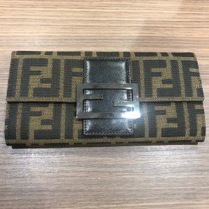 フェンディ(FENDI)財布画像