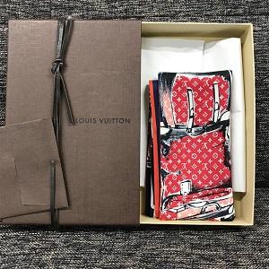 ルイ・ヴィトン(Louis Vuitton)スカーフ画像