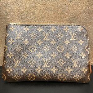 ルイ・ヴィトン(Louis Vuitton)モノグラムエテュイヴォワヤージュPM買取実績画像