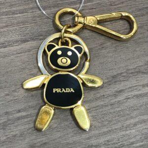 プラダ(PRADA)クマモチーフキーリング買取実績画像